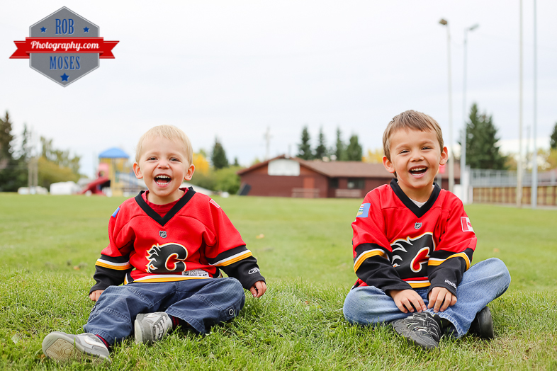 Calgary Flames little boys brothers yyc - Rob Moses Photography-1-2