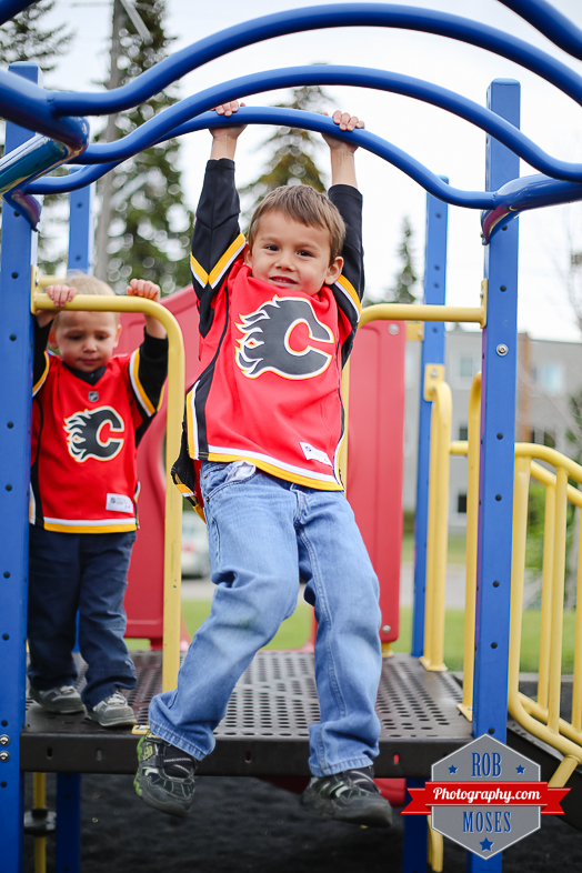 Calgary Flames little boys brothers yyc - Rob Moses Photography-1-5