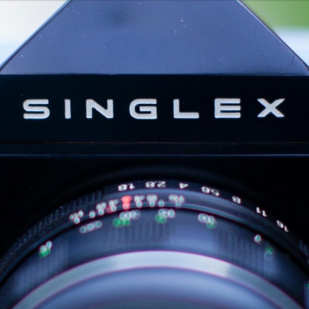 Canon 50mm 1.2 @ f/1.8
