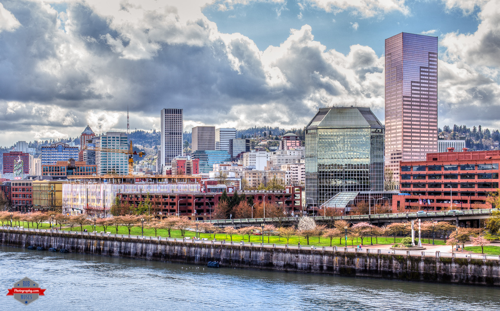 Portland Oregon skyline city waterfront Rob Moses Photography Photographers Native American Famous un celebrity Portland Vancouver Calgary Seattle Tlingit Ojibawa Top Popular Best Good pdx Canadian