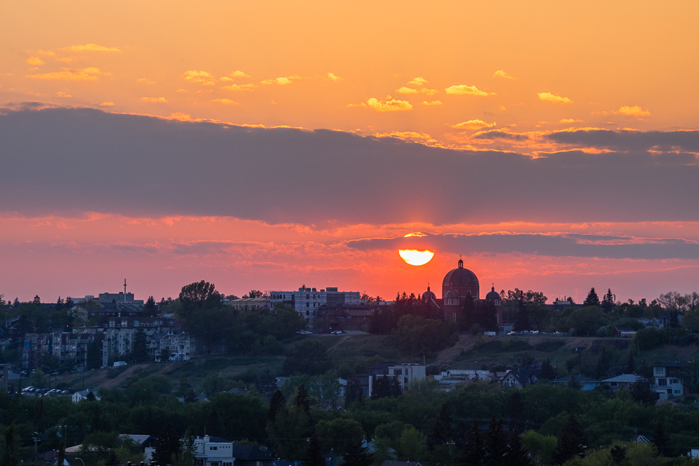 Sunset YYC Renfrew beautiful pretty amazing sky sun Rob Moses Photography Portland Calgary Vancouver Seattle Spokane Photographer WA BC Native American Tlingit Ojibaway famous un celebrity Canadian best pdx