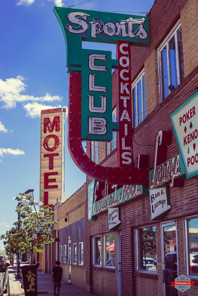 old-montana-signs-motel-hotel-bar-shelby-rob-moses-photography-portland-calgary-vancouver-seattle-spokane-photographer-wa-bc-native-american-tlingit-ojibaway-famous-un-celebrity-canadian-best-pdx-2