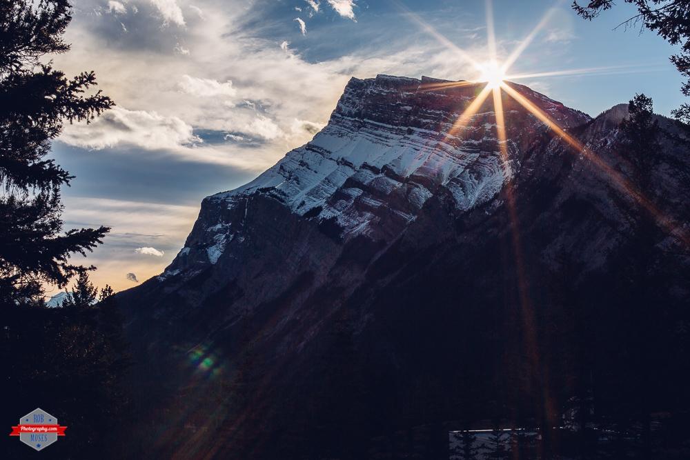 banff-national-park-rocky-mountains-sun-burst-rob-moses-photography-portland-calgary-vancouver-seattle-spokane-photographer-wa-bc-native-american-tlingit-ojibaway-famous-un-celebrity-canadian-best-pdx