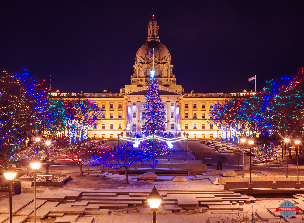 edmonton-christmas-lights-legislature-building-rob-moses-photography-portland-calgary-vancouver-seattle-spokane-photographer-wa-bc-native-american-tlingit-ojibaway-famous-un-celebrity-canadian-best-pd