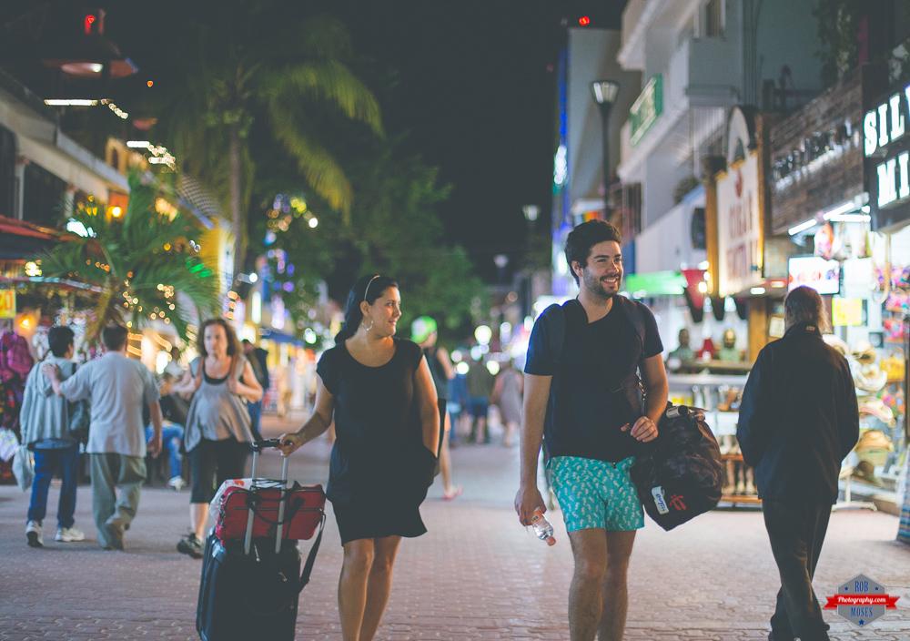 tourists-walking-playa-del-carmen-mexico-rob-moses-photography-portland-calgary-vancouver-seattle-spokane-photographer-wa-bc-native-american-tlingit-ojibaway-famous-un-celebrity-canadian-best-pdx-2
