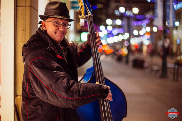 bass-player-street-yyc-bokeh-rob-moses-photography-portland-calgary-vancouver-seattle-spokane-photographer-wa-bc-native-american-tlingit-ojibaway-famous-un-celebrity-canadian-best-pdx