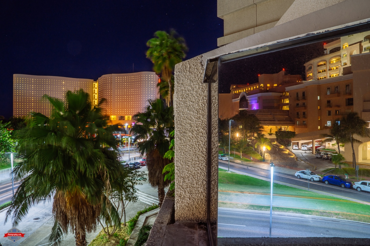 cancun-mexico-reflection-building-night-rob-moses-photography-portland-calgary-vancouver-seattle-spokane-photographer-wa-bc-native-american-tlingit-ojibaway-famous-un-celebrity-canadian-best-pdx